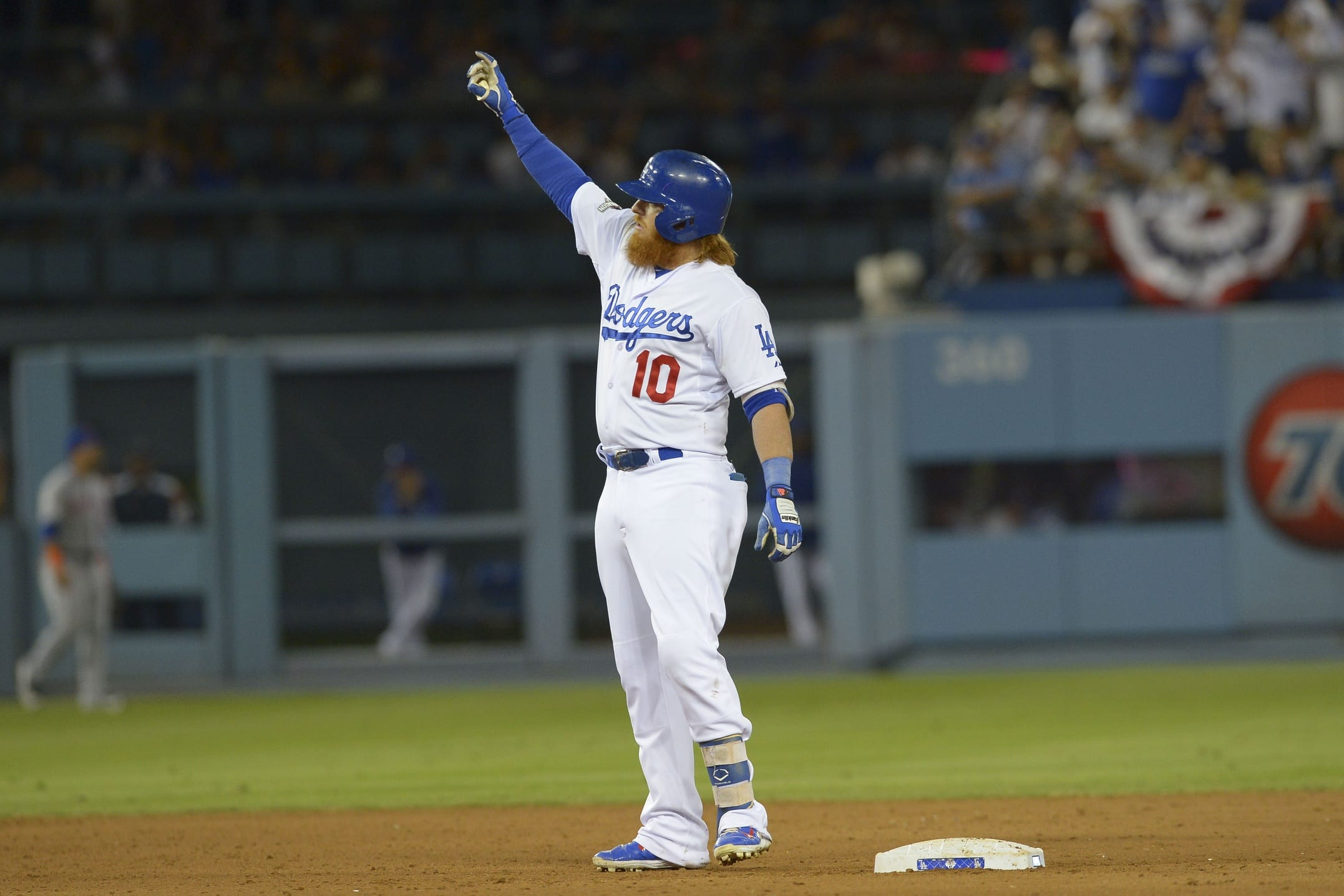 Chase Utley's Slide Upends Mets, Helps Lift Dodgers To Nlds Tie