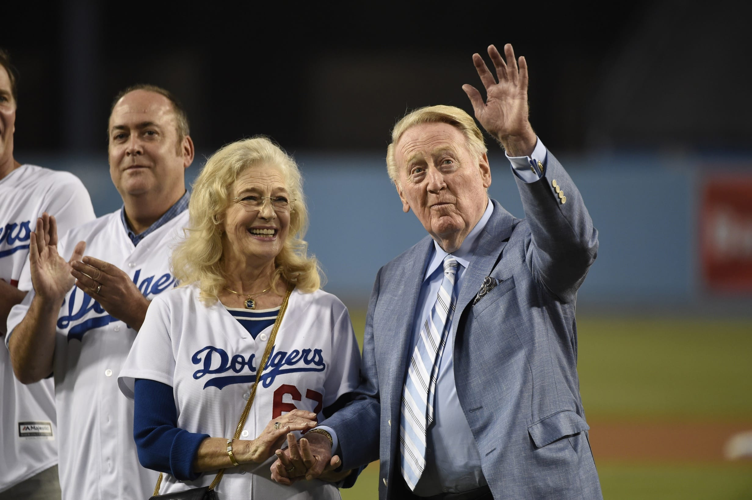Vin Scully To Miss Postseason After Undergoing Medical Procedure