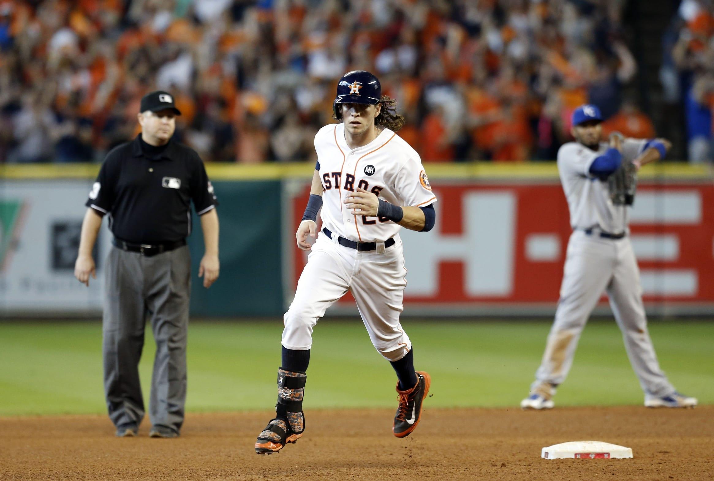 Mlb Rumors: Colby Rasmus Becomes First Player In Mlb History To Accept Qualifying Offer