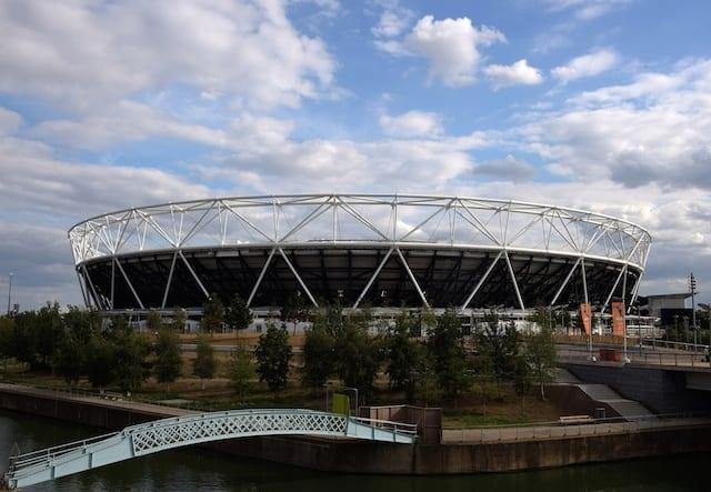 Mlb In Talks To Play Regular-season Series In London