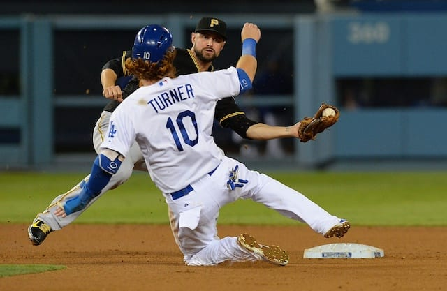 Dodgers News: Justin Turner Cleared To Begin Running