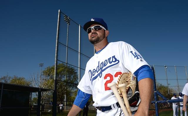 Dodgers News: Adrian Gonzalez Suffers From Bulging Disk In Neck