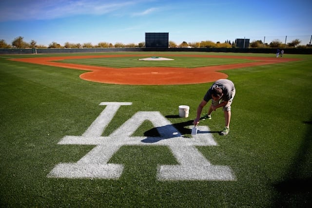 Dodgers News: Yaisel Sierra Cleared, 3 Cuban Prospects Arrive At Camelback Ranch