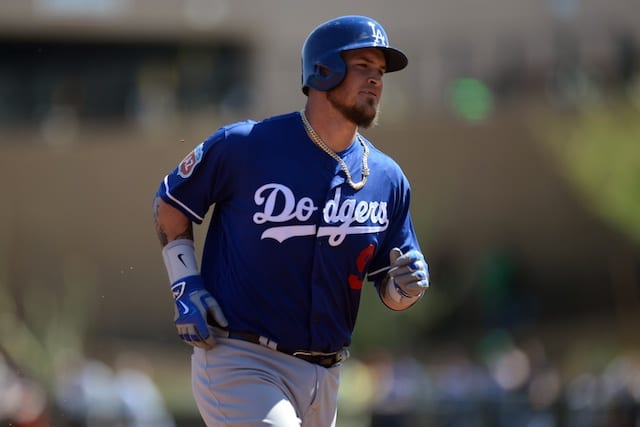 Dodgers News: Yasmani Grandal Removed After 2 Innings Vs. Mariners