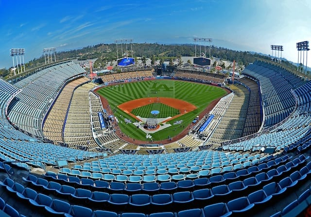 Dodger-stadium-2016-opening-day