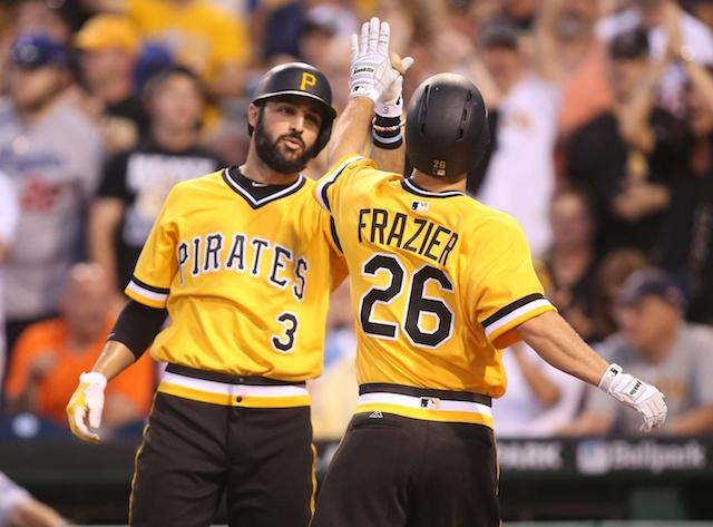 Pirates' Big 2nd Inning Enough To Beat Clayton Kershaw, Dodgers