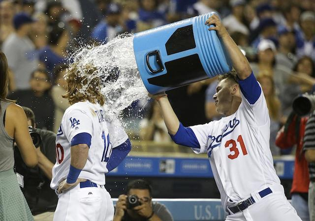 Dodgers Videos: Justin Turner Hits 2 Home Runs And Walk-off Single Against Brewers