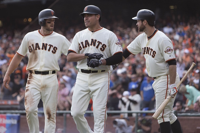 Giants Sweep Dodgers, Clinch Spot In Nl Wild Card Game