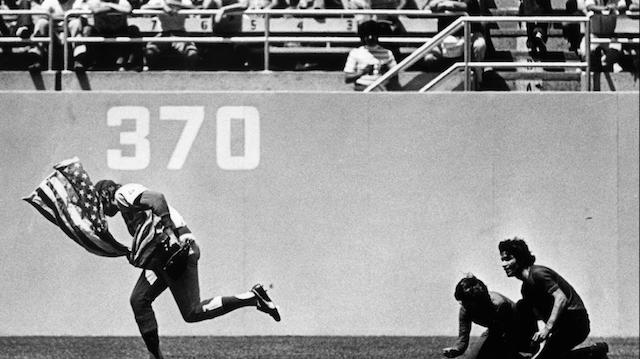 Rick Monday, Dodger Stadium, American Flag