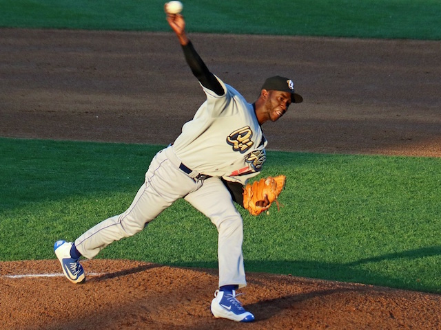 Dodgers Top Pitching Prospect Yadier Alvarez Blown Away In Windy Quakes Debut