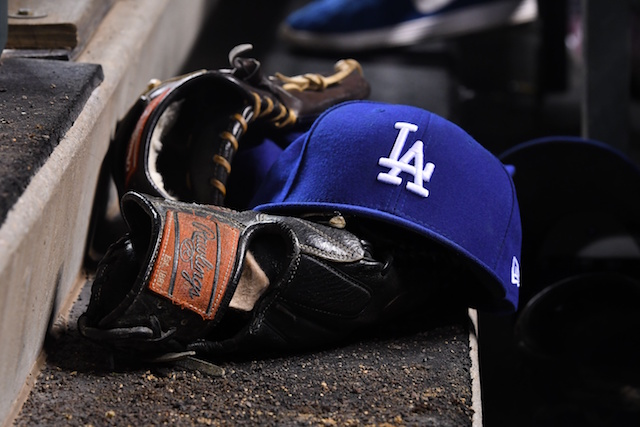 Dodgers-cap-glove