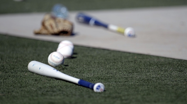 Dodgers-bats