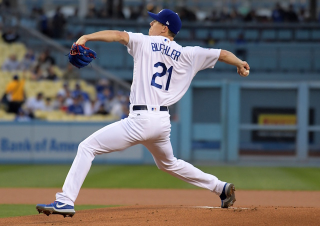 Dodgers level series with Brewers, Astros strike quickly