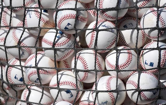 MLB, Baseballs