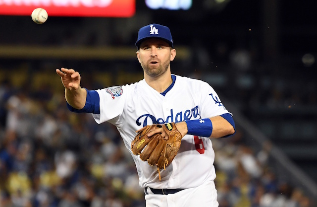 Nationals add Brian Dozier with one-year deal
