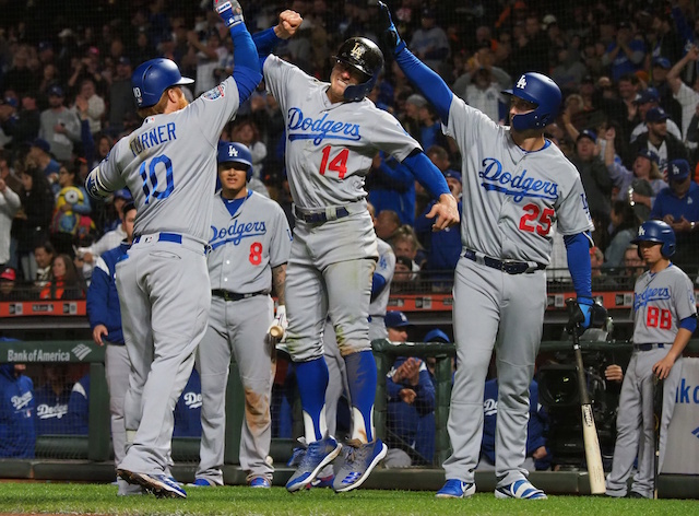 Dodgers' postseason hopes on the line in series vs. Giants