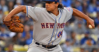 New York Mets starting pitcher Jason Vargas against the Los Angeles Dodgers