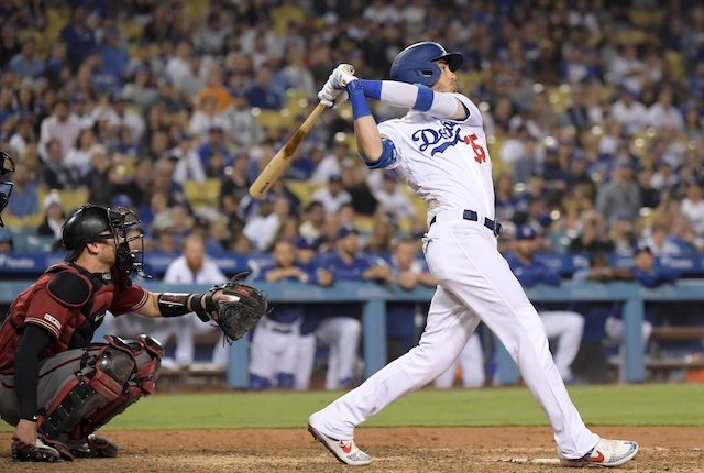 Los Angeles Dodgers right fielder Cody Bellinger hits a walk-off home run against the Arizona Diamondbacks