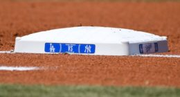 General view of first base during the series between the New York Yankees and Los Angeles Dodgers