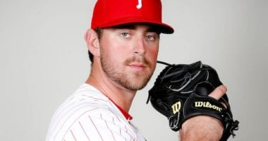 Los Angeles Dodgers traded Kyle Garlick to Philadelphia Phillies for Tyler Gilbert