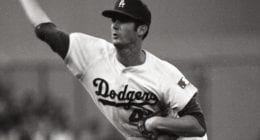 Los Angeles Dodgers relief pitcher Bill Singer
