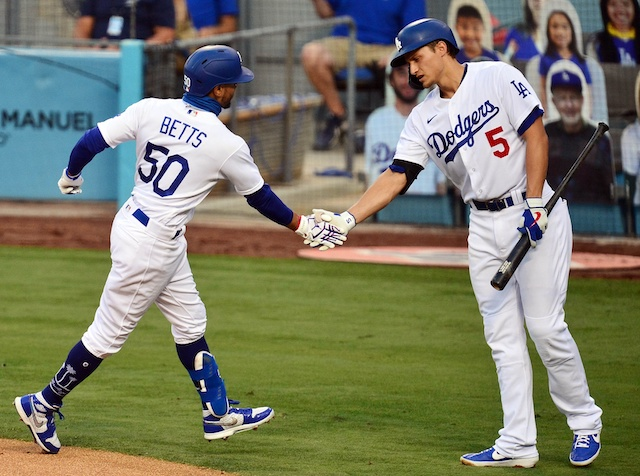 Dodgers Highlights: Mookie Betts, Corey Seager & Kiké Hernandez Homer  Against Mariners