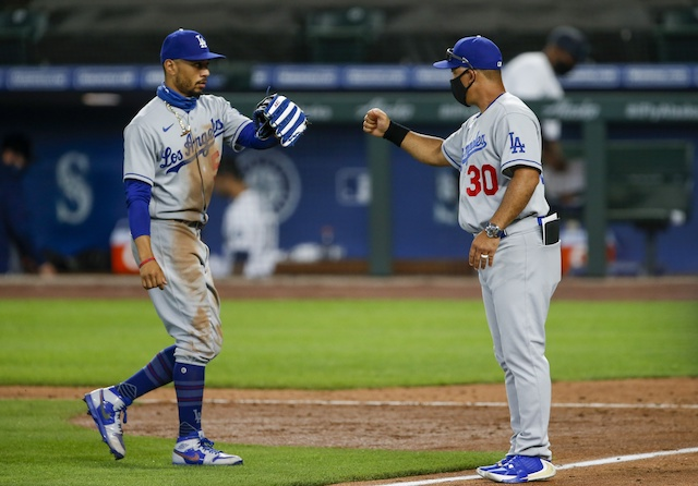 Mookie Betts, Dave Roberts, Dodgers win