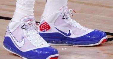 LeBron James, Nike LeBron 7
