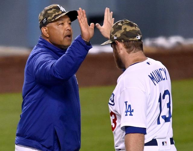 Max Muncy, Dave Roberts, Dodgers win
