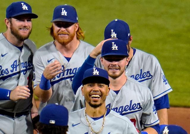 Mookie Betts, Gavin Lux, Max Muncy, Justin Turner, Dodgers win