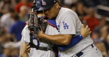 Austin Barnes, Brusdar Graterol, Dodgers win